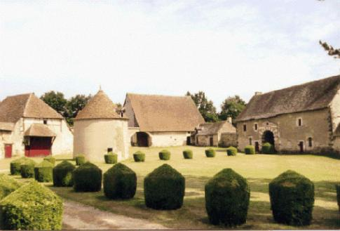 la grange du Château de Boucard